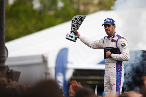 2015/2016 FIA Formula E Championship. Paris ePrix, Paris, France. Saturday 23 April 2016. Jean-Eric Vergne (FRA), DS Virgin Racing DSV-01. Photo: Glenn Dunbar/LAT/Formula E ref: Digital Image _W2Q2393