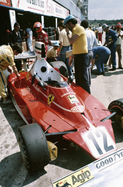 1975 South African Grand Prix  Kyalami, South Africa. 27th February - 1st March 1975.  Niki Lauda, Ferrari 312T.  Ref: 75SA06. World copyright: LAT Photographic