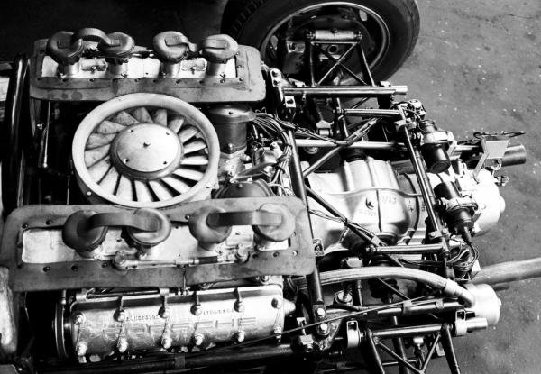 The air-cooled Flat Four engine that powered the Porsche 804 to PorscheÕs first ever Grand Prix victory. 