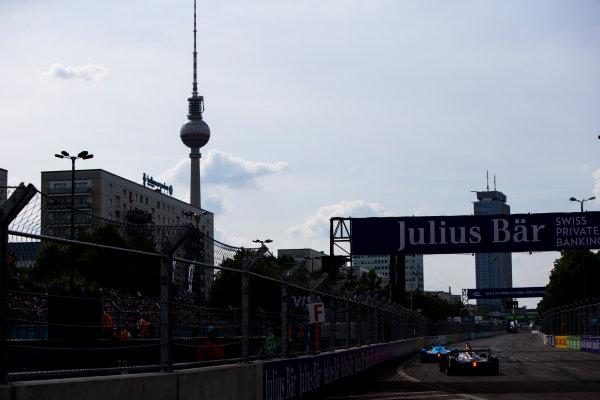 2015/2016 FIA Formula E Championship. Berlin ePrix, Berlin, Germany. Saturday 21 May 2016. Mike Conway (GBR), Venturi VM200-FE-01  Photo: Zak Mauger/LAT/Formula E ref: Digital Image _L0U2444