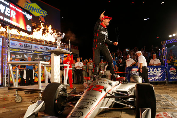Verizon IndyCar Series Rainguard Water Sealers 600 Texas Motor Speedway, Ft. Worth, TX USA Saturday 10 June 2017 Will Power, Team Penske Team Penske Chevrolet celebrates in victory World Copyright: Phillip Abbott LAT Images ref: Digital Image abbott_texas_0617_6104