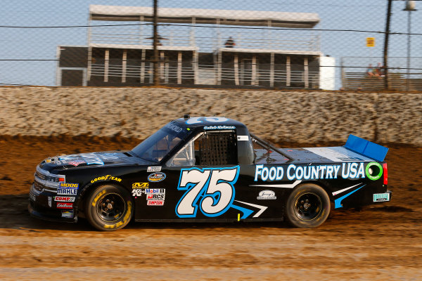 NASCAR Camping World Truck Series Eldora Dirt Derby Eldora Speedway, Rossburg, OH USA Tuesday 18 July 2017 Caleb Holman, Food Country USA / Lopez Wealth Management Chevrolet Silverado World Copyright: Russell LaBounty LAT Images