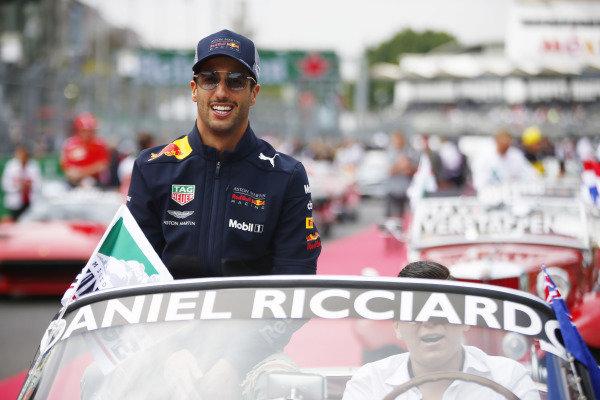 Daniel Ricciardo, Red Bull Racing, on the drivers parade