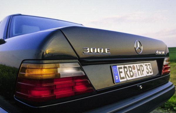 Mercedes-Benz 300E