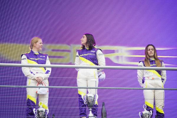 Alice Powell (GBR), Jamie Chadwick (GBR), and Marta Garcia (ESP), on the podium
