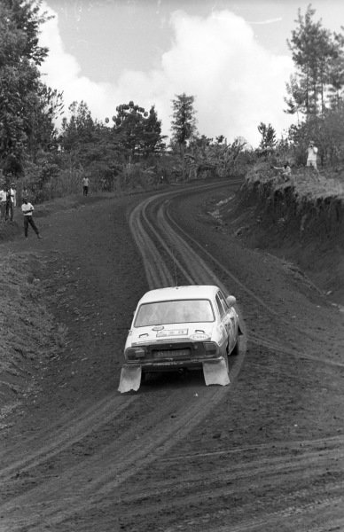 Ove Andersson / Arne Hertz, Peugeot 504.