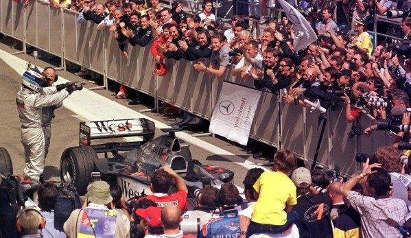 1998 Spanish Grand Prix.Catalunya, Barcelona, Spain.8-10 May 1998.Mika Hakkinen (McLaren Mercedes-Benz) 1st position.World Copyright - Leicester/LAT Photographic