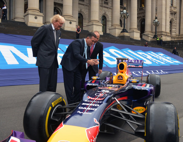 Andrew Westacott (AUS) Australian GP CEO, Ron Walker (AUS) Chairman of the Australian GP Corporation and John Eren (AUS) Sports Minister with a Red Bull Racing show car at Parliament House at Formula One World Championship, Rd1, Australian Grand Prix, Preparations, Albert Park, Melbourne, Australia, 6 March 2015.