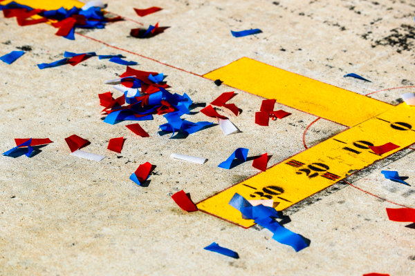 Circuit of the Americas, Austin, Texas, United States of America. Sunday 22 October 2017. Confetti on the pit lane floor. World Copyright: Steven Tee/LAT Images  ref: Digital Image _O3I5336