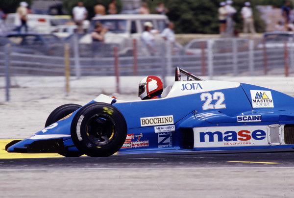 1986 French Grand Prix. Paul Ricard, Le Castellet, France. 4-6 July 1986. Allen Berg (Osella FA1G Alfa Romeo). Ref-86 FRA 34. World Copyright - LAT Photographic