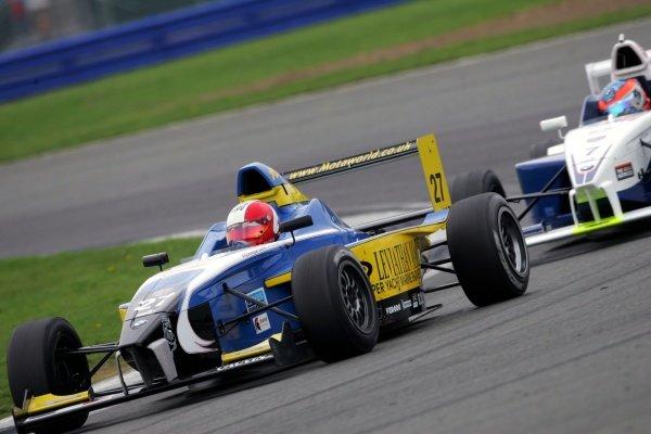 Dominique Cauvin (FRA) Motaworld Racing. Formula BMW UK Championship, Rd17 & Rd18, Silverstone, England, 17-18 September 2005. DIGITAL IMAGE