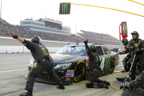1-2 August, 2014, Newton, Iowa USA Sam Hornish Jr, Monster Energy Toyota Camry pit stop ?2014, Russell LaBounty LAT Photo USA