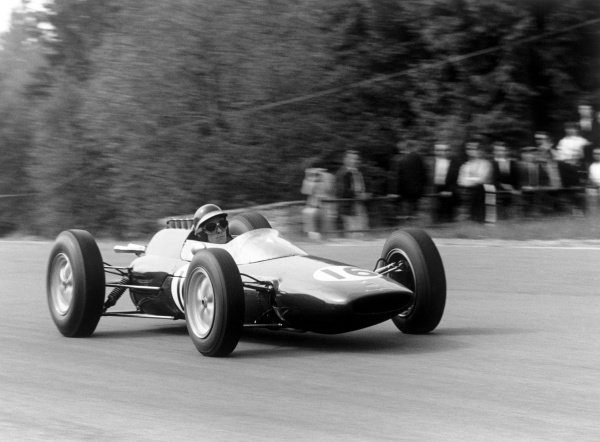 Spa-Francorchamps, Belgium. 15th - 17th June 1962. Jim Clark (Lotus 25-Climax), action.  World Copyright: LAT Photographic. Ref: 9943 - 20.