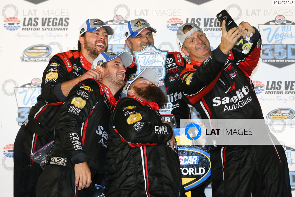 NASCAR Camping World Truck Series Las Vegas 350 Las Vegas Motor Speedway, Las Vegas, NV USA Saturday 30 September 2017 Ben Rhodes, Safelite Auto Glass Toyota Tundra celebrates World Copyright: Barry Cantrell LAT Images
