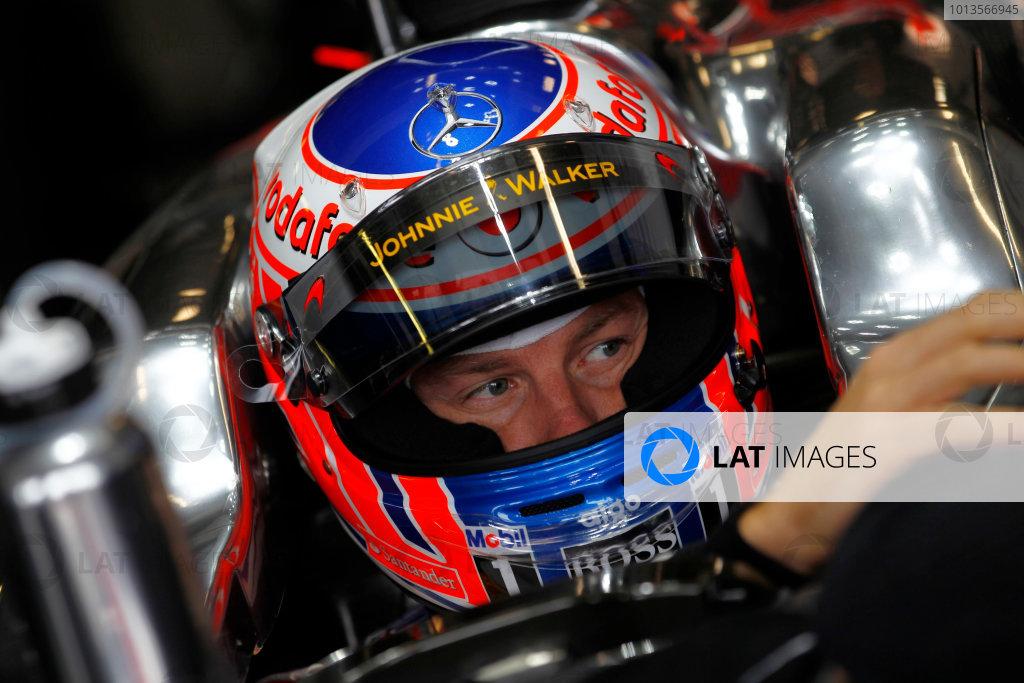 Albert Park, Melbourne, Australia 25th March 2011. Jenson Button, McLaren MP4-26 Mercedes. Portrait. Helmets.  World Copyright: Steven Tee/LAT Photographic ref: Digital Image _A8C2421