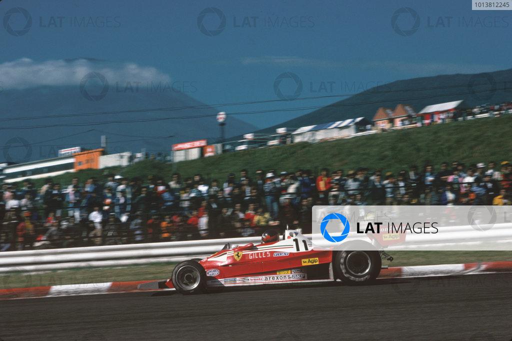 Fuji, Shizuoka, Japan. 21 - 23 October 1977.Gilles Villeneuve (Ferrari 312T2), retired, action. World Copyright: LAT Photographic.Ref:  77JAP36.