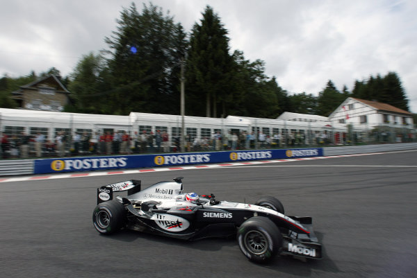 2004 Belgian Grand Prix - Friday Practice, Spa-Francorchamps, Belgium. 27th August 2004 Kimi Raikkonen, McLaren Mercedes MP4/19B, action.World Copyright: Steve Etherington/LAT Photographic ref: Digital Image Only