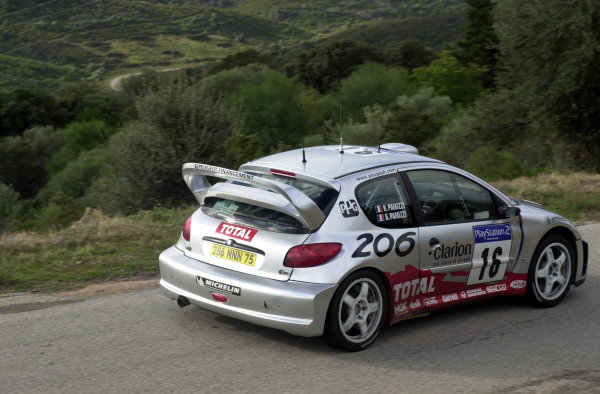 2001 World Rally Championship.Rallye de France, Ajaccio, Corsica, October 19-21.Gilles Panizzi on stage 13.Photo: Ralph Hardwick/LAT