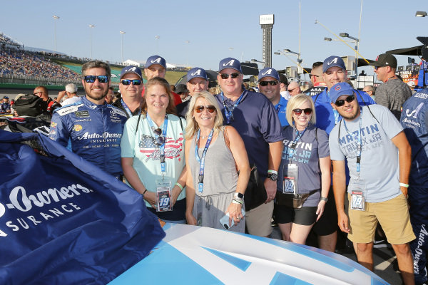 #19: Martin Truex Jr., Joe Gibbs Racing, Toyota Camry Auto Owners Insurance and guests