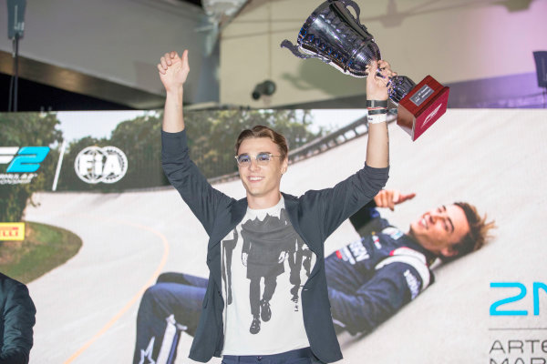 2017 Awards Evening. Yas Marina Circuit, Abu Dhabi, United Arab Emirates. Sunday 26 November 2017. Artem Markelov (RUS, RUSSIAN TIME).  Photo: Zak Mauger/FIA Formula 2/GP3 Series. ref: Digital Image _56I3733