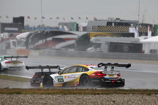 Sheldon van der Linde, BMW Team RBM, BMW M4 DTM spins.