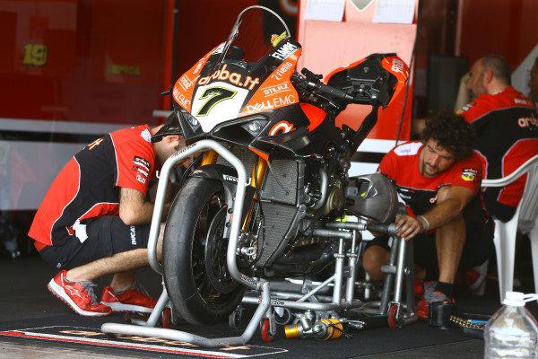 Chaz Davies, Aruba.it Racing-Ducati Team bike.
