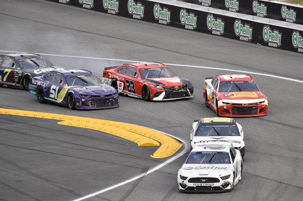 #6: Ryan Newman, Roush Fenway Racing, Ford Mustang and #51: Cody Ware, Petty Ware Racing, Chevrolet Camaro