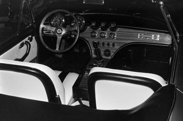 Ferrari 365 California (launch) interior