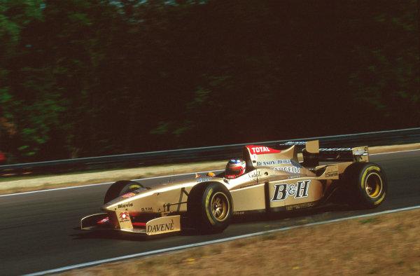 Hungaroring, Budapest, Hungary.9-11 August 1996.Rubens Barrichello (Jordan 196 Peugeot) 6th position.Ref-96 HUN 01.World Copyright - LAT Photographic