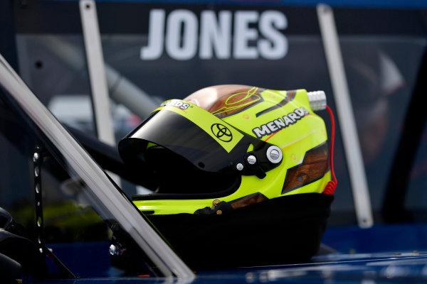 #51: Brandon Jones, Kyle Busch Motorsports, Toyota Tundra Lyons Industries/Menards