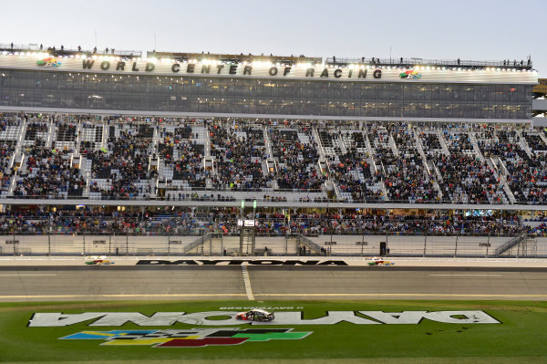 2017 NASCAR Monster Energy Cup - Daytona 500 Daytona International Speedway, Daytona Beach, FL USA Sunday 26 February 2017 Kurt Busch, does a burnout after winning. World Copyright: John K Harrelson / LAT Images ref: Digital Image 17DAY2jh_08521