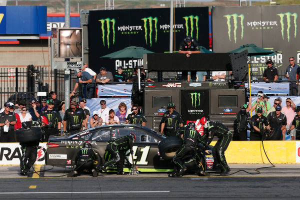 Monster Energy NASCAR Cup Series Monster Energy NASCAR All-Star Race Charlotte Motor Speedway, Concord, NC USA Friday 19 May 2017 Kurt Busch, Stewart-Haas Racing, Monster Energy Ford Fusion World Copyright: Matthew T. Thacker LAT Images ref: Digital Image 17CLT1mt1400