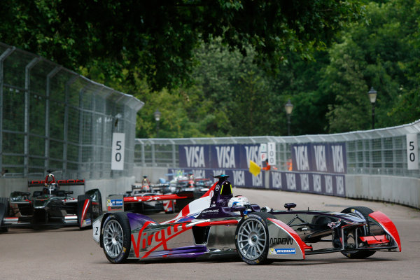2014/2015 FIA Formula E Championship. London ePrix, Battersea Park, London, United Kingdom. Friday 26 June 2015 Sam Bird (GBR)/Virgin Racing - Spark-Renault SRT_01E, on the shakedown. Photo: Zak Mauger/LAT/Formula E ref: Digital Image _L0U7123