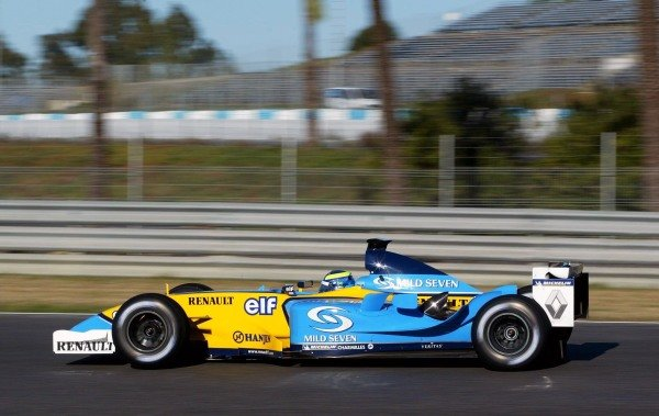 Satoshi Motoyama (JPN) makes his debut with Renault