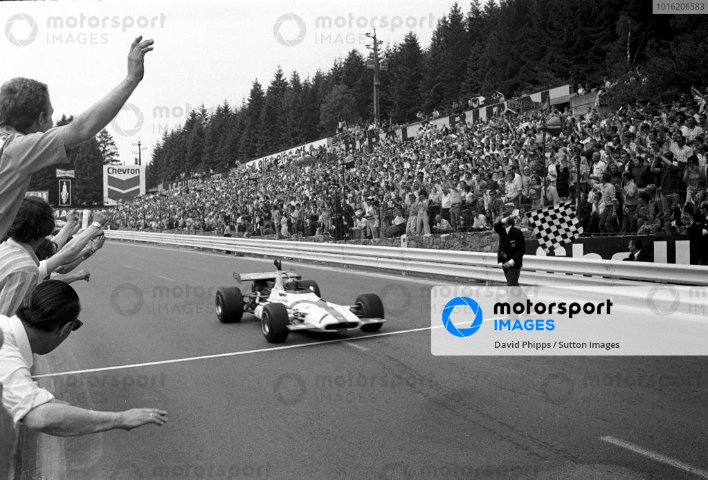 Pedro Rodriguez (MEX) takes the flag to win in his BRM P153 Belgian GP, Spa, 7 June 1970