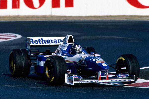 Suzuka, Japan.11-13 October 1996.Damon Hill (Williams FW18 Renault) 1st position. Ref-96 JAP 26.World Copyright - LAT Photographic