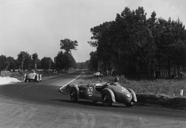Le Mans, France. 25th - 26th June 1949.H. J. Aldington/Norman Culpan (Frazer Nash Le Mans), 3rd position follows Flahault/Andre Simon (Delahaye 135), retired, action. World Copyright: LAT Photographic.Ref: Autocar Glass Plate C24775.