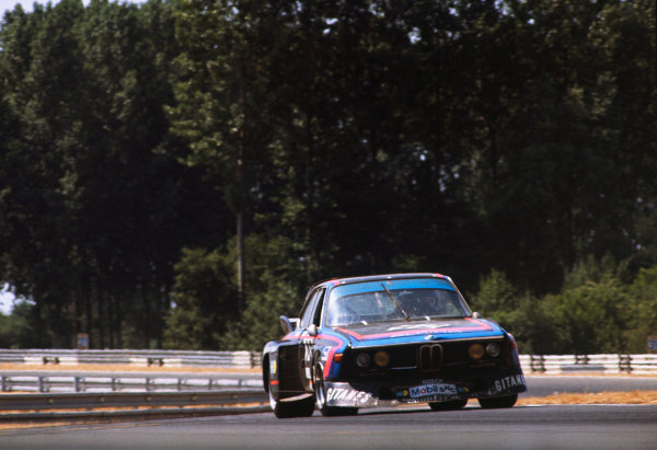 Le Mans, France. 12 - 13 June 1976 Harald Grohs/Sam Posey/Hughes de Fierlandt (BMW 3 0 CSL), 10th position, action. World Copyright: LAT PhotographicRef: 76LM40.