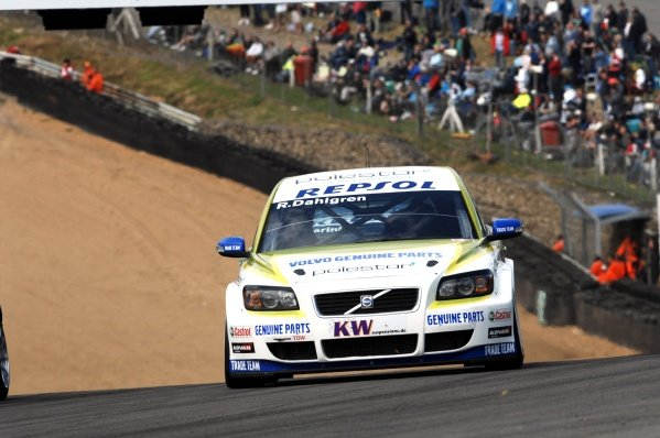 Robert Dahlgren (SWE), Volvo C30. FIA World Touring Car Championship, Rd8, Brands Hatch, England, 19 July 2009.