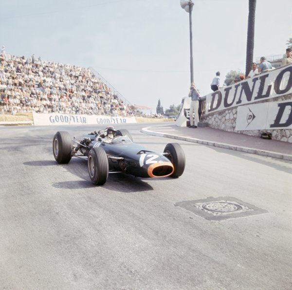 1966 Monaco Grand Prix. Monte Carlo, Monaco.  19-22 May 1966. Jackie Stewart (BRM P261) 1st position. Ref-3/2101. World Copyright - LAT Photographic