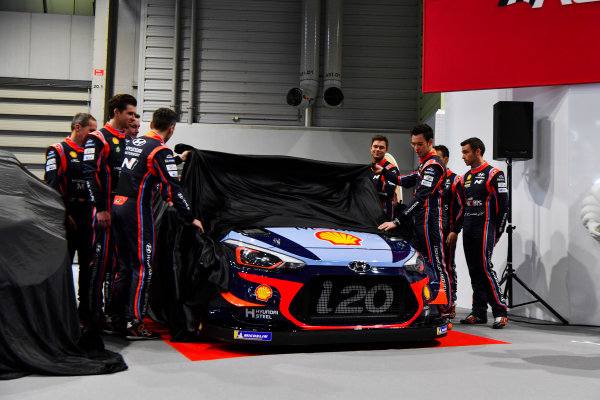 Autosport International Exhibition. National Exhibition Centre, Birmingham, UK. Thursday 11th January 2017. The Hyundai team, including Thierry Neuville, Andreas Mikkelsen, Dani Sordo, Hayden Paddon and team manager Michel Nandan, unveil their 2018 WRC challenger.World Copyright: Mark Sutton/Sutton Images/LAT Images Ref: DSC_7281