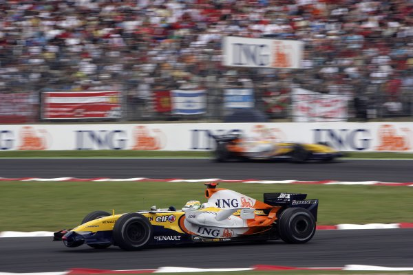 2007 French Grand Prix - Sunday RaceCircuit de Nevers Magny Cours, Nevers, France.1st July 2007.Giancarlo Fisichella, Renault R27, 6th position. Action. World Copyright: Andrew Ferraro/LAT Photographicref: Digital Image VY9E3421