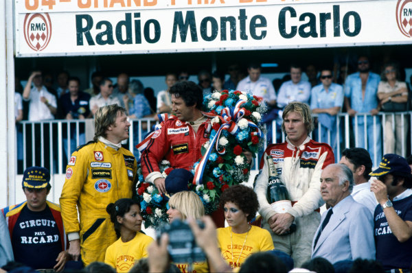 Paul Ricard, Le Castellet, France. 30th June -2nd July 1978. Mario Andretti (Lotus 79-Ford) 1st position, with Ronnie Peterson (Lotus 79-Ford) 2nd position and James Hunt (McLaren M26-Ford) 3rd position, on the podium, portrait.  World Copyright: LAT Photographic. Ref: 78FRA10