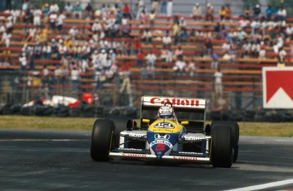 Winner Nigel Mansell (GBR) Willams FW11B. Mexican Grand Prix, Mexico City, 18 October 1987