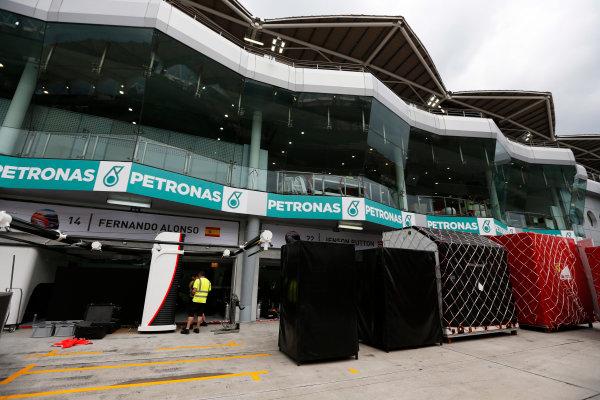 Sepang International Circuit, Sepang, Kuala Lumpur, Malaysia. Sunday 29 March 2015. McLaren pack away their equipment after the race. World Copyright: Alastair Staley/LAT Photographic. ref: Digital Image _79P9820