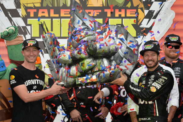 Monster Energy NASCAR Cup Series Tales of the Turtles 400 Chicagoland Speedway, Joliet, IL USA Sunday 17 September 2017 Cole Pearn and Martin Truex Jr, Furniture Row Racing, Furniture Row/Denver Mattress Toyota Camry celebrate in victory lane  World Copyright: Logan Whitton LAT Images