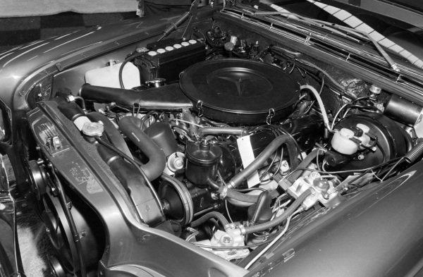 Mercedes Benz 300 series V8 engine.