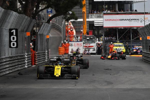 Daniel Ricciardo, Renault R.S.19, leads Kevin Magnussen, Haas VF-19