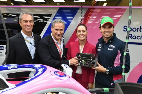 Alejandro Soberón Kuri, CEO of CIE (2nd L),  Claudia Sheinbaum the Mayor of Mexico City and Sergio Perez, Racing Point