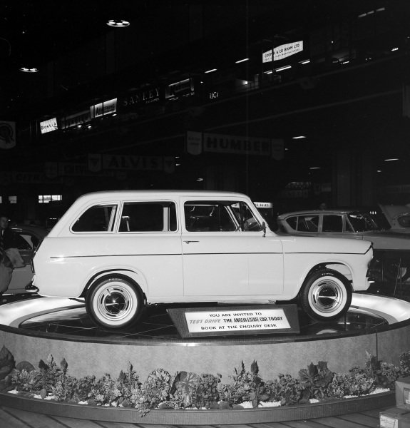 Ford Anglia 105E estate